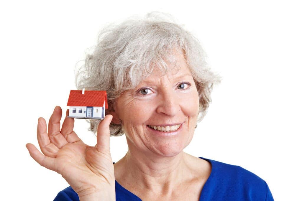Налог на недвижимость по ипотеке для пенсионеров
