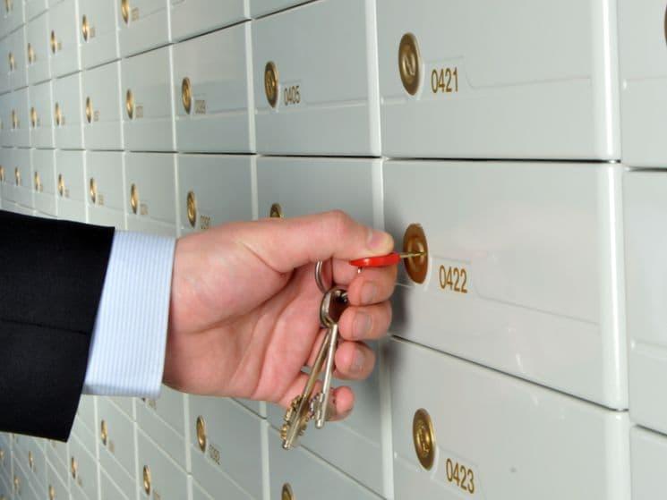Закладка денег в ячейку при продаже квартиры